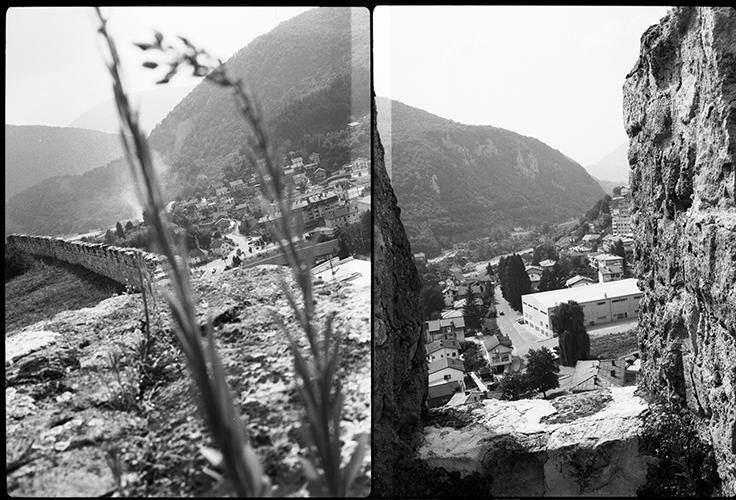 Blick von den alten Festungsanlagen über die Stadt Jajce. In der Stadt wurden im November 1943 die juristischen Europa; Bosnien; Jajce; Fundamente für das sozialistische Jugoslawien gelegt. Vor dem Bosnienkrieg lebten hier rund 45,000 Menschen; heute sind es um die 28,000 Einwohner, meist bosnische Kroaten und Bosniaken 2013